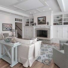 Beach Style Living Room by Kitchen Choreography