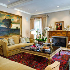 Traditional Living Room by Stephanie Wallace & Associates