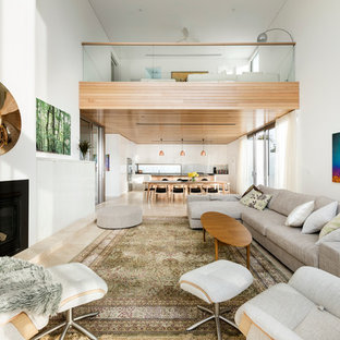 Inspiration for a modern living room remodel in Perth