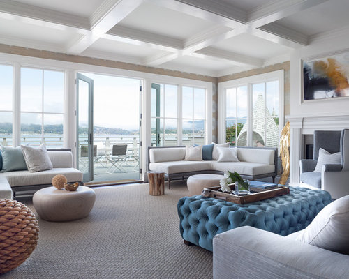 Example Of A Trendy Living Room Design In San Francisco With Beige Walls And Carpet