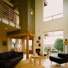 Modern Living Room by Ben Trogdon Architects