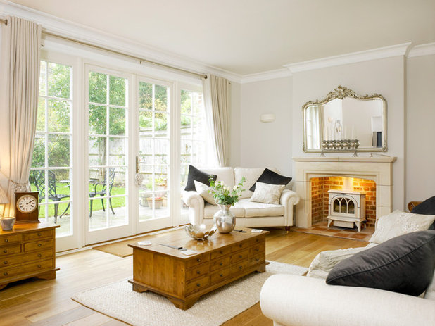 Traditional Living Room by Bereco Windows & Doors