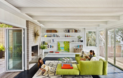 Houzz Tour: Updating a Midcentury Aerie in the Berkeley Hills