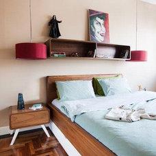 Contemporary Living Room by // escapefromsofa