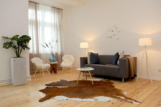 Skandinavisch Wohnbereich by Visual Existence