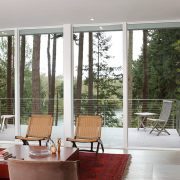 Best Rd - Living with Deck and River Beyond
