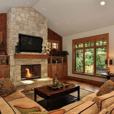 Traditional Living Room by DME Construction