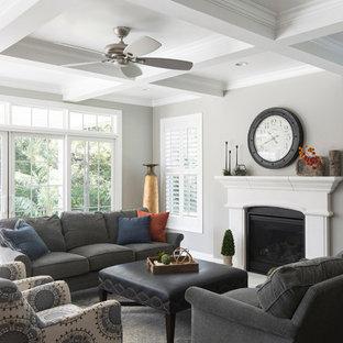 Elegant living room photo in St Louis