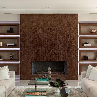 ロサンゼルスの大きいコンテンポラリースタイルのおしゃれな独立型リビング (フォーマル、白い壁、横長型暖炉、レンガの暖炉まわり、テレビなし) の写真