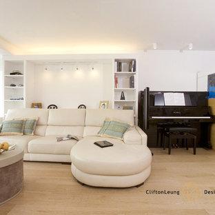 Minimalist living room photo in Hong Kong