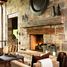 Rustic Living Room by Markalunas Architecture Group
