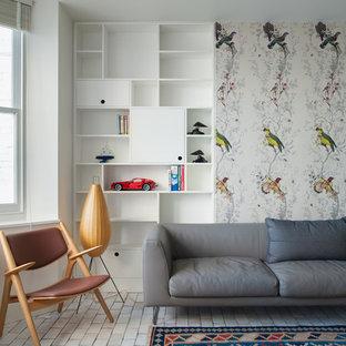 Foto de salón abierto, clásico renovado, de tamaño medio, sin chimenea y televisor, con paredes blancas y suelo de baldosas de cerámica