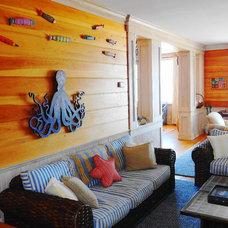 Beach Style Living Room by Boardwalk Builders