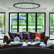 Modern Living Room by LaCantina Doors