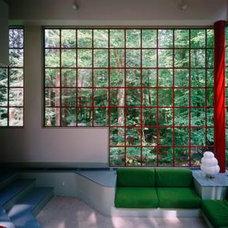 Modern Living Room by Bohlin Cywinski Jackson