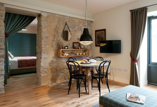 Country Living Room by Emma Clanfield Design Ltd