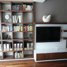 Modern Living Room by PICKETT FURNITURE