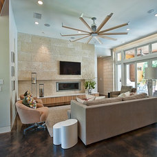 Contemporary Living Room by Greenbelt Construction