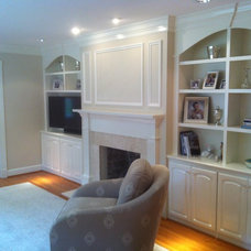 Traditional Living Room by PMK Construction