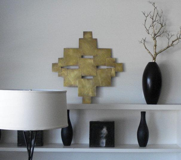 Modern Living Room by lorraine Pennington