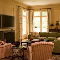 Traditional Living Room by Elizabeth Dinkel