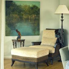 Traditional Living Room by Diane Bennett Bedford