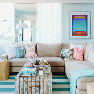 Etonnant Example Of A Coastal Formal Living Room Design In Sydney With Blue Walls