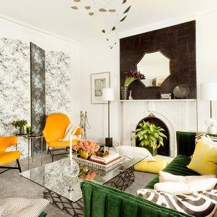 Foto de salón actual con paredes blancas, suelo de madera en tonos medios y chimenea tradicional