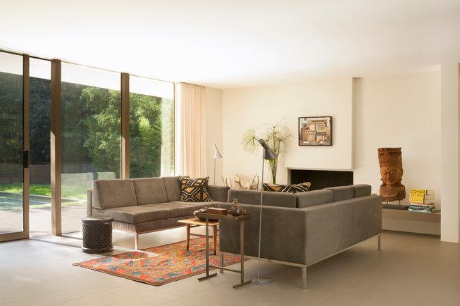 Midcentury Living Room by BiLDEN