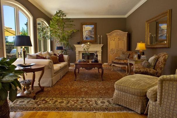 Traditional Living Room by Brownhouse Design, Los Altos, CA