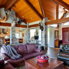 Traditional Living Room by Rick Keating Photographer, RK Productions