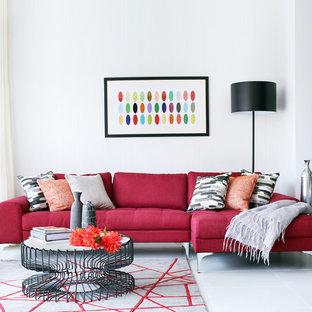 Mittelgroßes Modernes Wohnzimmer mit weißer Wandfarbe und grauem Boden in London