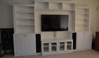 Build-In Speakers/Custom Media Center