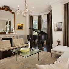 Traditional Living Room by Boston Virtual Imaging