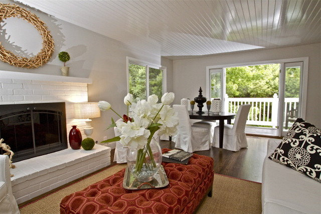 Living Room by Lisa Benbow - Garnish Designs