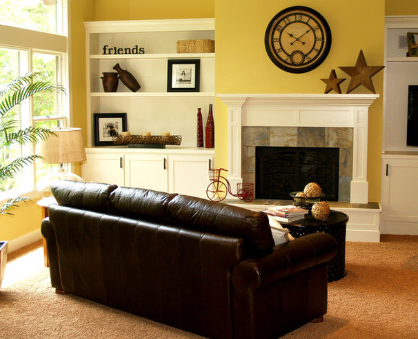 Traditional Living Room by Homes By True North