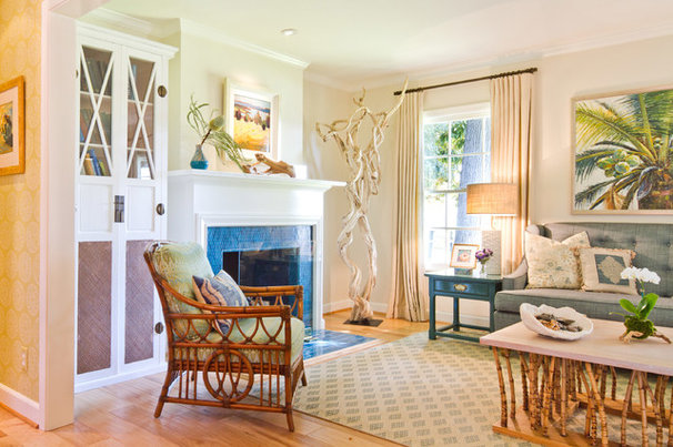 Beach Style Living Room by Charmean Neithart Interiors, LLC.