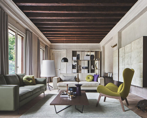 salon mansard ou avec mezzanine avec un manteau de chemin e en b ton photos et id es d co de. Black Bedroom Furniture Sets. Home Design Ideas