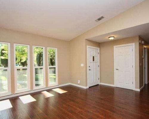 wise owl living room design ideas remodels photos houzz. Black Bedroom Furniture Sets. Home Design Ideas