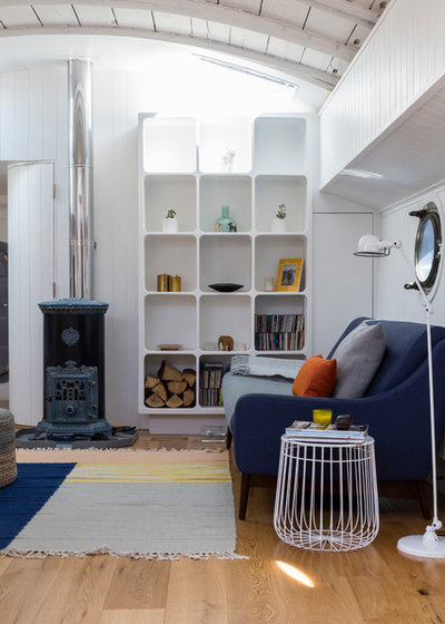 Contemporary Living Room by Chris Snook