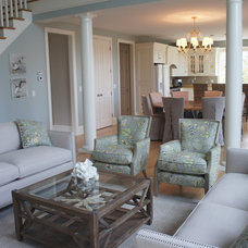 Traditional Living Room by LME Designs