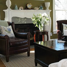 traditional living room by Michelle Jacoby, Changing Spaces