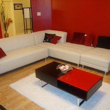Modern Living Room by Kaffy olawoyin