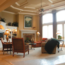 Traditional Living Room by Barenz Builders