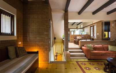 Houzz Tour: Earthy Materials Define This Bangalore Bungalow