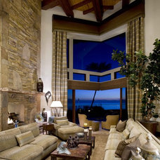 Craftsman Living Room by Friehauf Architects Inc.