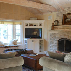 traditional living room by Walden Design Group - Cynthia Walden