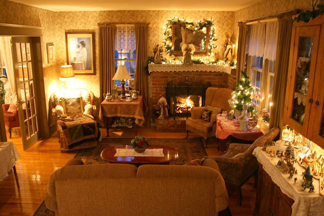 Traditional Living Room by Aiken House & Gardens
