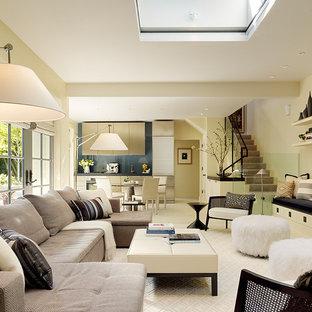 Foto di un soggiorno design aperto con pareti beige
