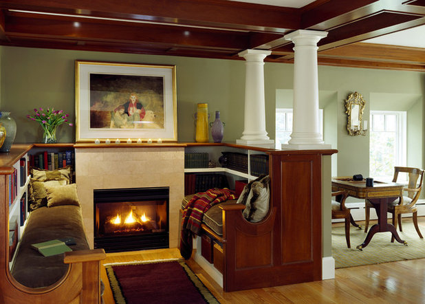 Traditional Living Room by SV Design